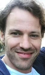 Falk Hentschel Biodata