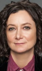 Sara Gilbert Bio Data