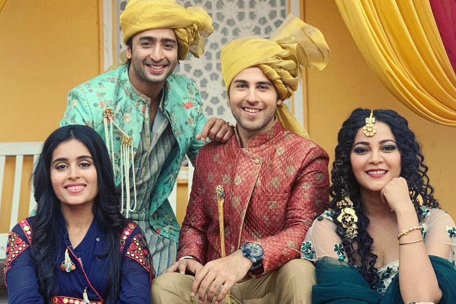 Yeh Rishtey Hain Pyaar Ke Cast Real Name, Crew, Actors, Actresses