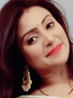 Aleeza Khan 16